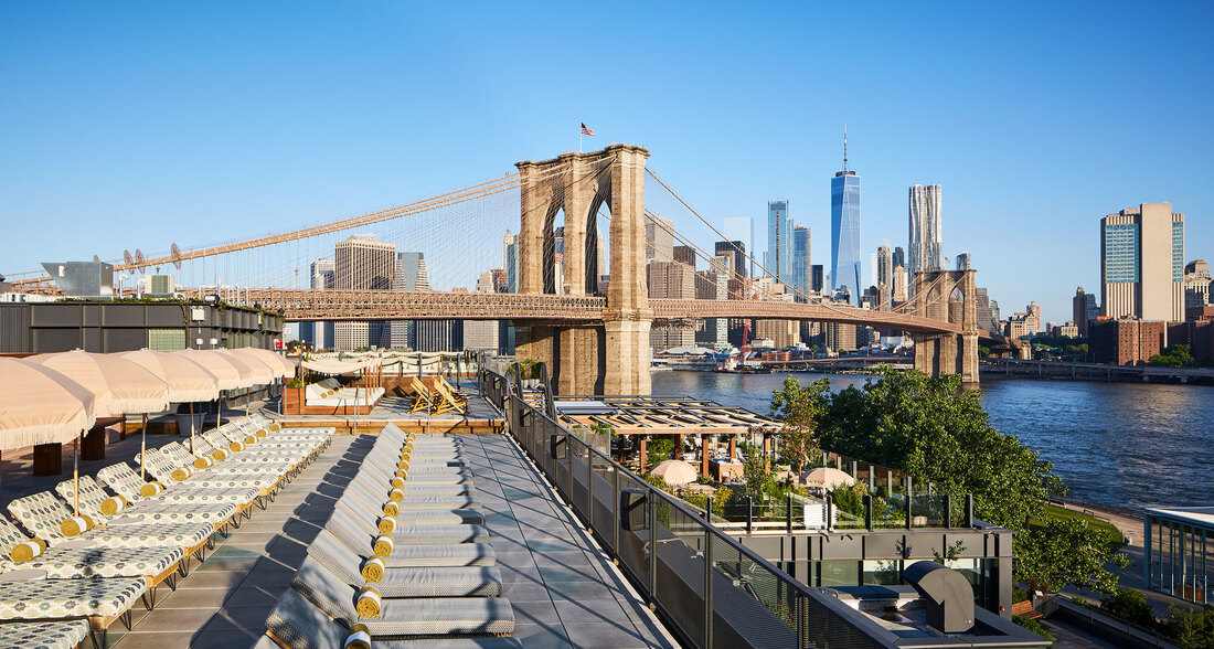 Dumbo House view